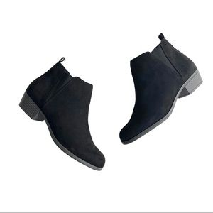 SO Hanna Women's Black Ankle Booties 10 Wide
